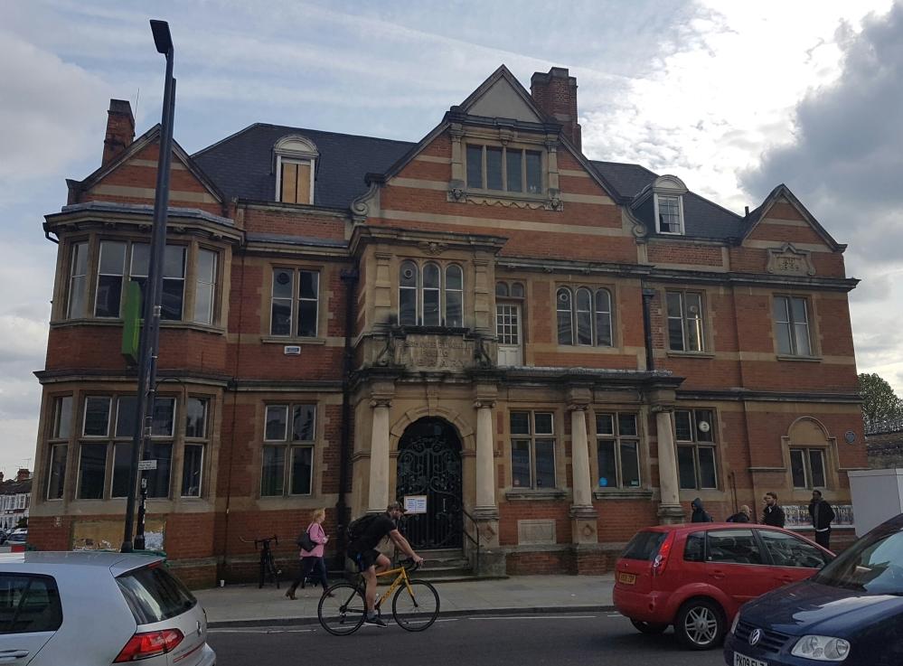 1895-passmore-edwards-public-library-uxbridge-road-shepherds-bush-london